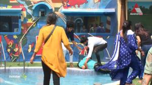 Rajith kumar fell into pool between court task & injured bigg boss