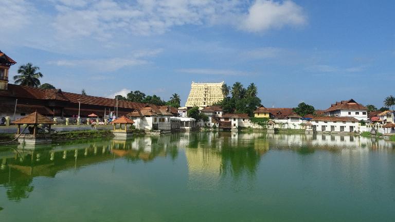 Sree Padmanabhaswamy Temple Thiruvananthapuram - Temples of Kerala