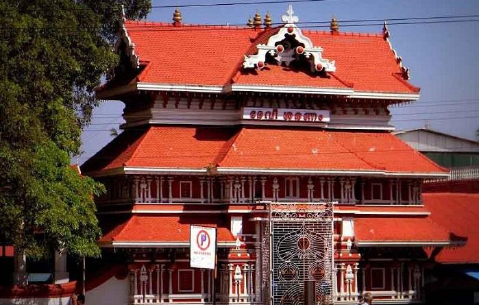 Paramekkavu Bhagavathi Temple Thrissur